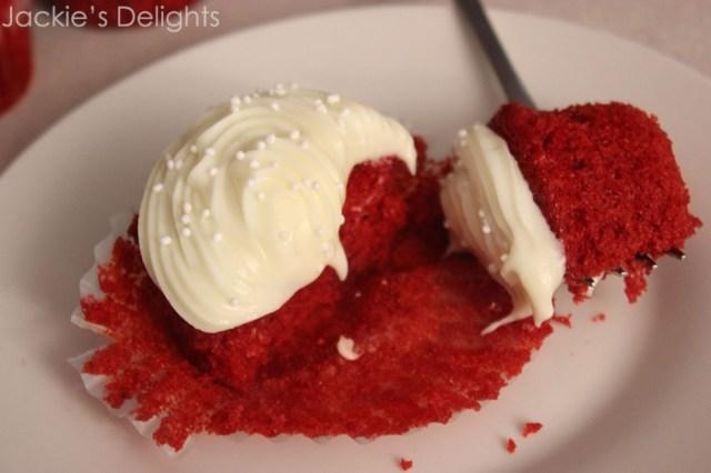 red velvet cupcakes.1