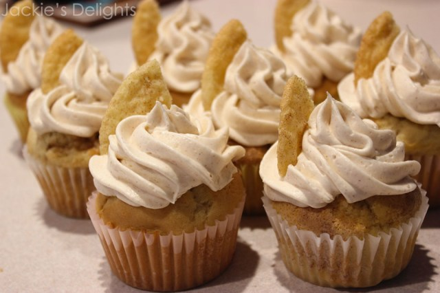 snickerdoodle cupcakes.2