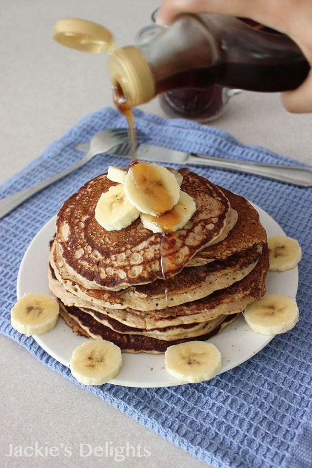 Banana Bread Pancakes.4