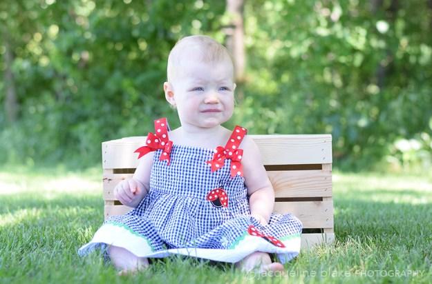 baby photographer, first birthday portraits, outdoor, ham lake
