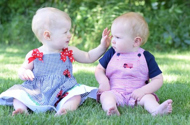 baby photographer, first birthday portraits, outdoor photography studio, ham lake