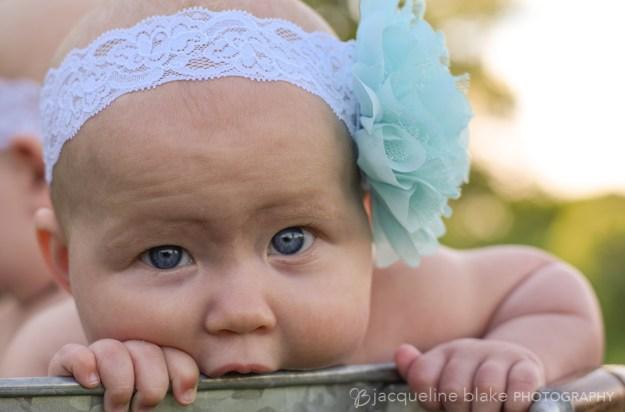 baby photographer, twin photography, wash bucket, minneapolis, mn, ham lake studio