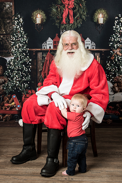 pictures with Santa Clause, Ham Lake Photography Studio
