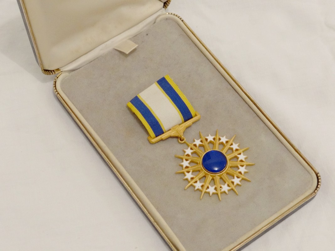 Decoration Americaine Militaire Decoration Americaine Air Force Distinguished Service