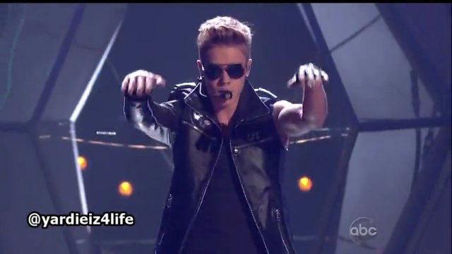 Justin Bieber Performance At The Billboard Music Awards 2013