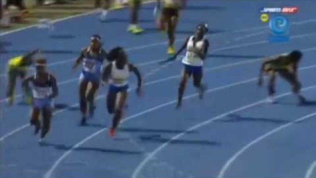 Hydel 45.33 wins Class 3 Girls 4x100m New Record Relay Champs 2014