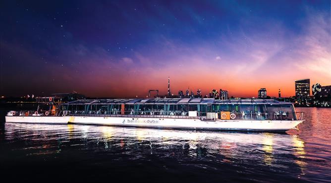 Bateaux Dubai Dinner Cruise Ja Resorts Hotels Dubai Experience