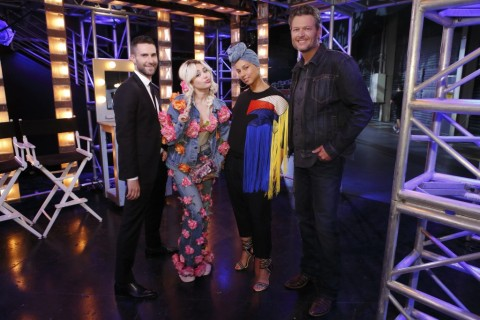 """Adam Levine, Miley Cyrus, Alicia Keys, & Blake Shelton pose together before returning to """"The Voice"""" stage. (Photo by Trae Patton & property of NBC)"""