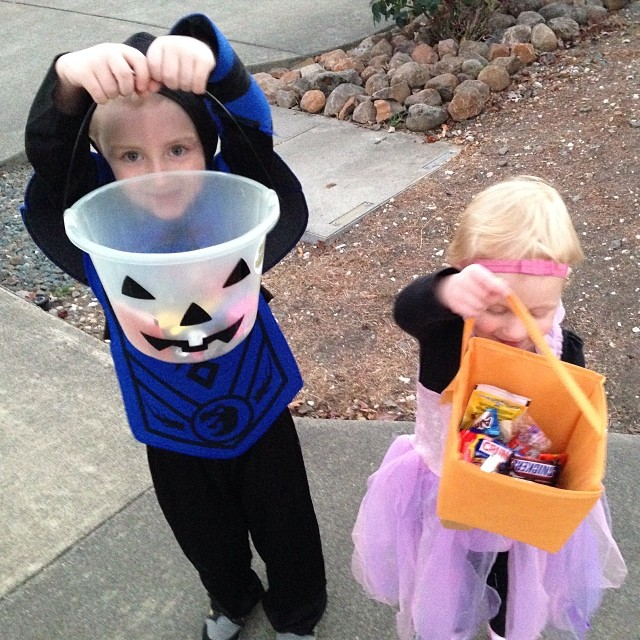 My little trick or treaters...