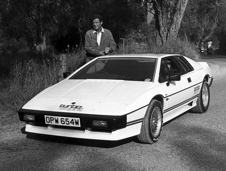 james_bonds_esprit_turbo