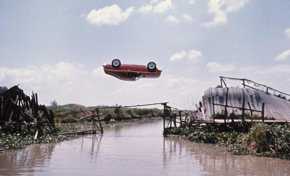 scaramangas-flying-car-mgm-9