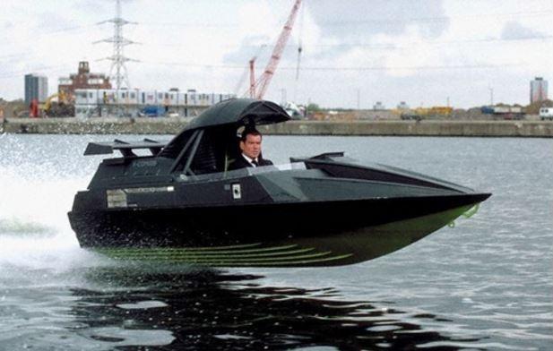 james-bond-q-boat