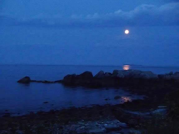 11-moonrise_blog