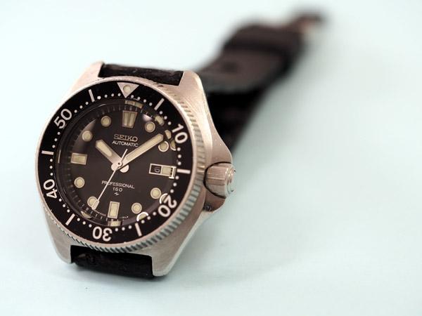 セイコー プロフェッショナル ダイバーズウォッチ 150M防水