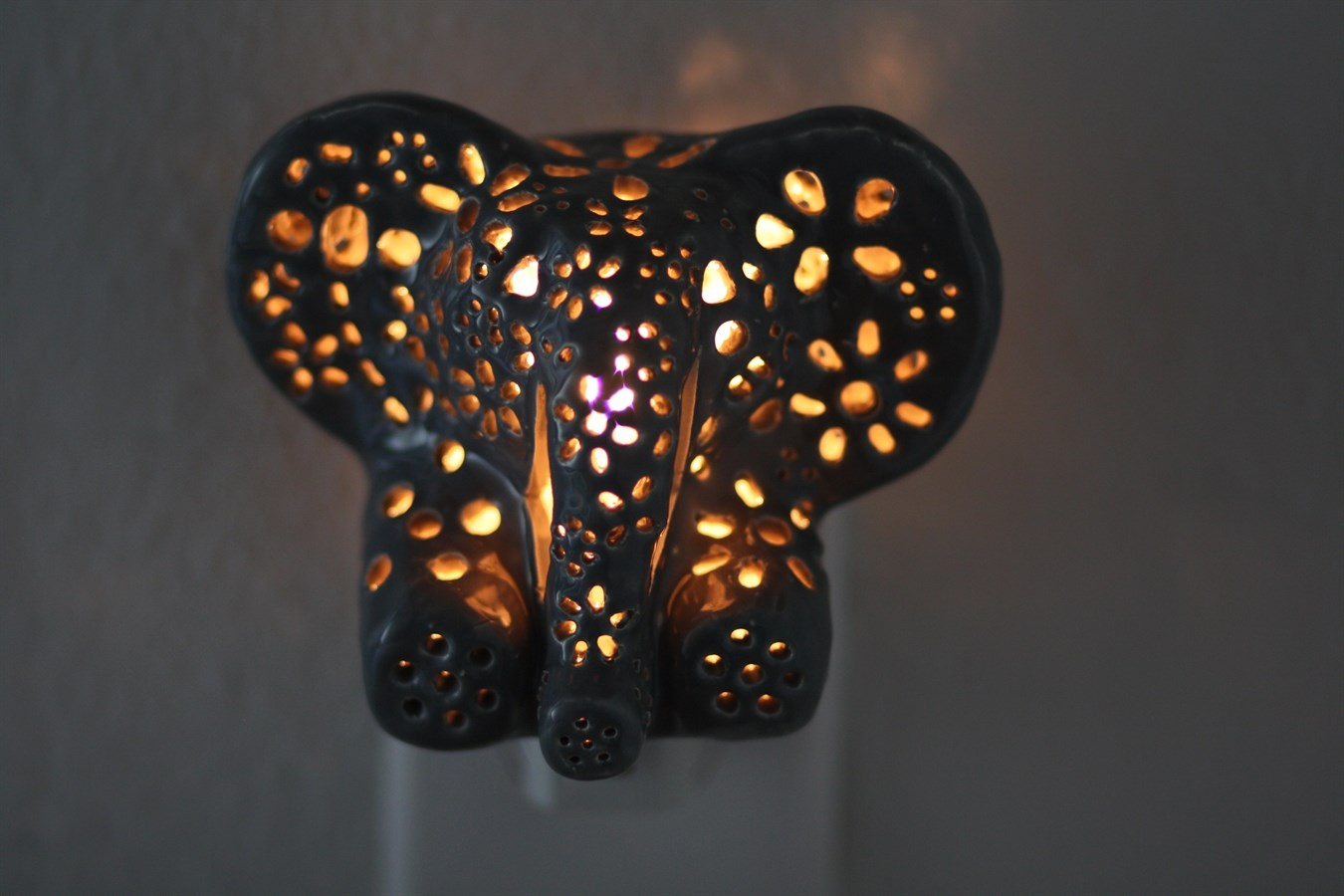 Elephant Night Light Giraffe And Elephant Night Lights Jane