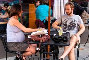 pregnant_couple