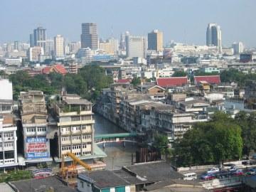 Bangkok, Khrung Thep - Miasto Aniołów, 5,6 mln ludności na 1500km2.