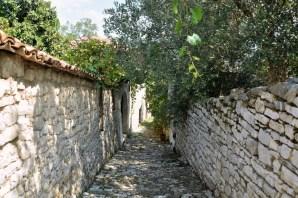 Fragment Beratu w obrębie murów twierdzy. Niegdyś całe miasto znajdowało się na terenie twierdzy.
