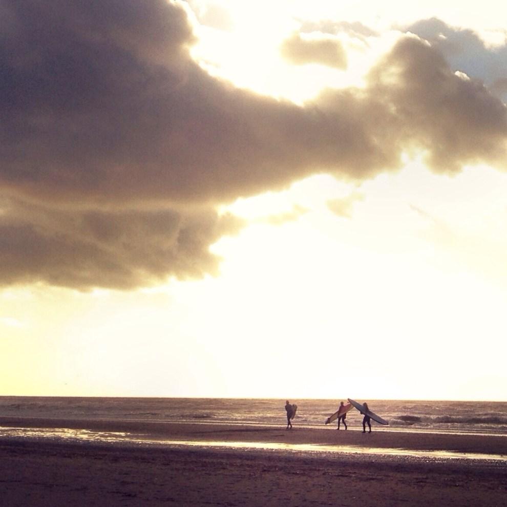 20131206 195709 Sunny Surfers