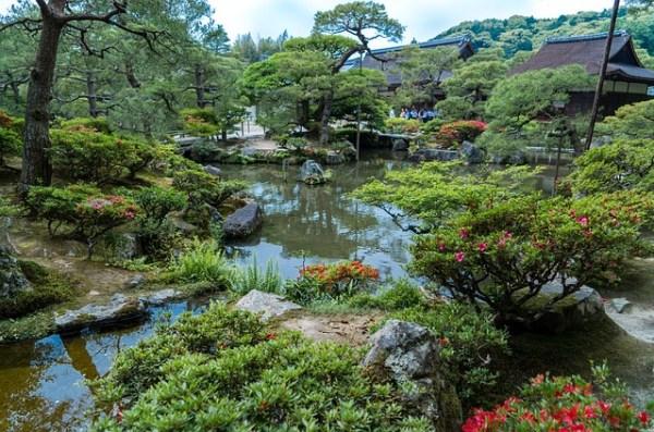 ginkaku-ji-gardens-1464540_640