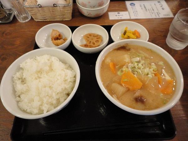 吉田とん汁店