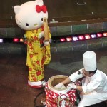 Hello Kitty makes MOCHI (Rice Cake) for New Year Event