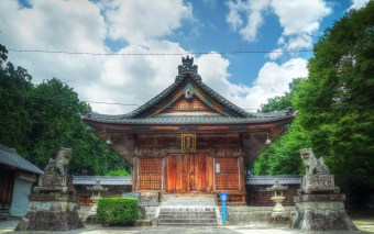 A Small Local Shrine, With Lots of Character in Toyota City (HDR Photo)