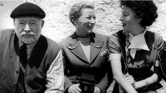 Ava Gardner con Hemingway y la esposa de éste
