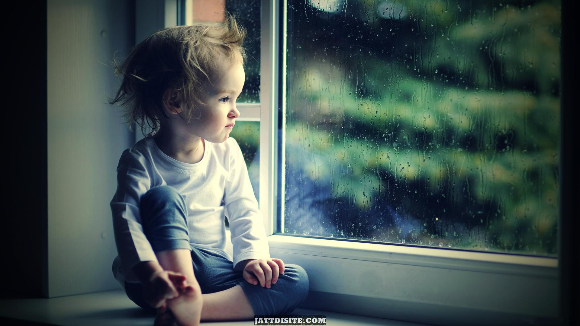 Cute Small Baby Girl Wallpapers Waiting For You Pictures Images