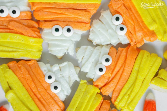 Candy Corn Mummy Sugar Cookies | JavaCupcake.com