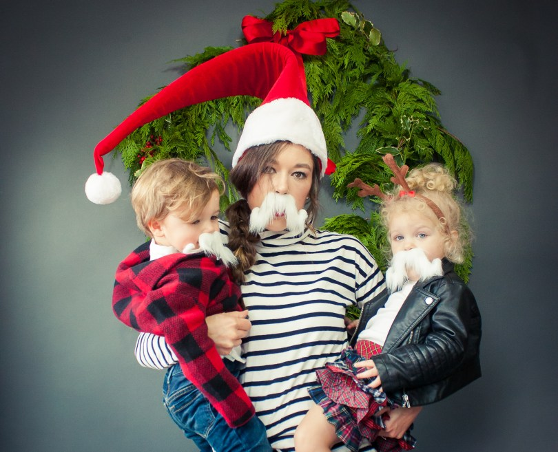 goofy christmas family photo shoot