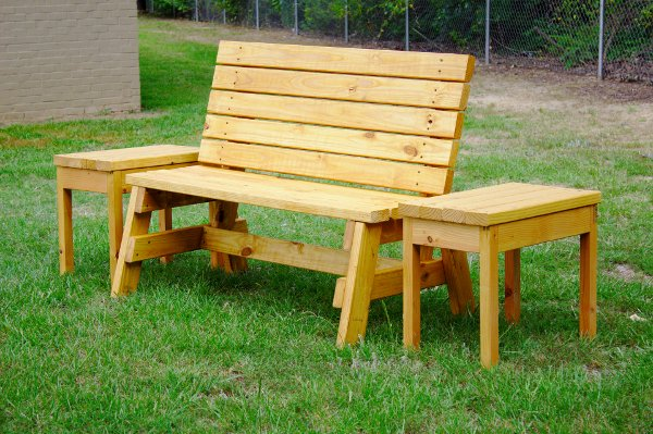 X4+Garden+Chairs ... Build A Comfortable 2×4 Bench And Side Table ...