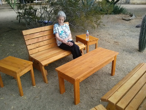Kens Set Of Outdoor Furniture Jays Custom Creations
