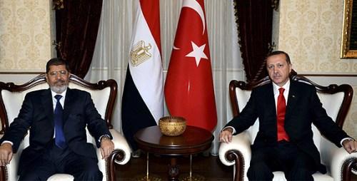 Turkey's Erdogan (right) with former Egyptian President Morsi