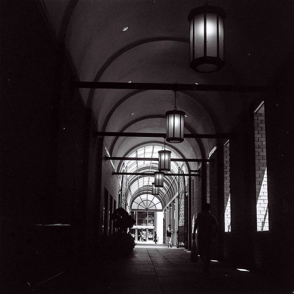 Pristine You Gotta Tell You That This Was Probably Niest Time Out On Streets A Cam Due To Most People Really Not Knowing What Hellit Was My Experience Yashica Mat Tlr Street Wolf Photography dpreview Yashica Mat 124g