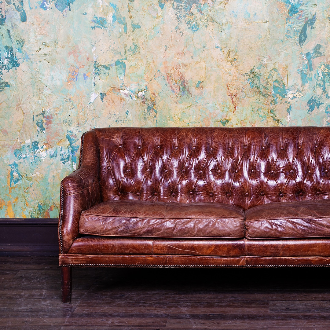 Sofa Upholstery Widnes Couch Removal Tips Here S How To Take Apart A Sofa Yourself
