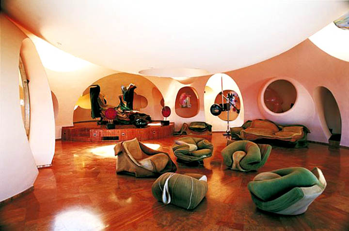 Dutch Mountain House 'palais Bulles' Pierre Cardin's Bubble House By Antti