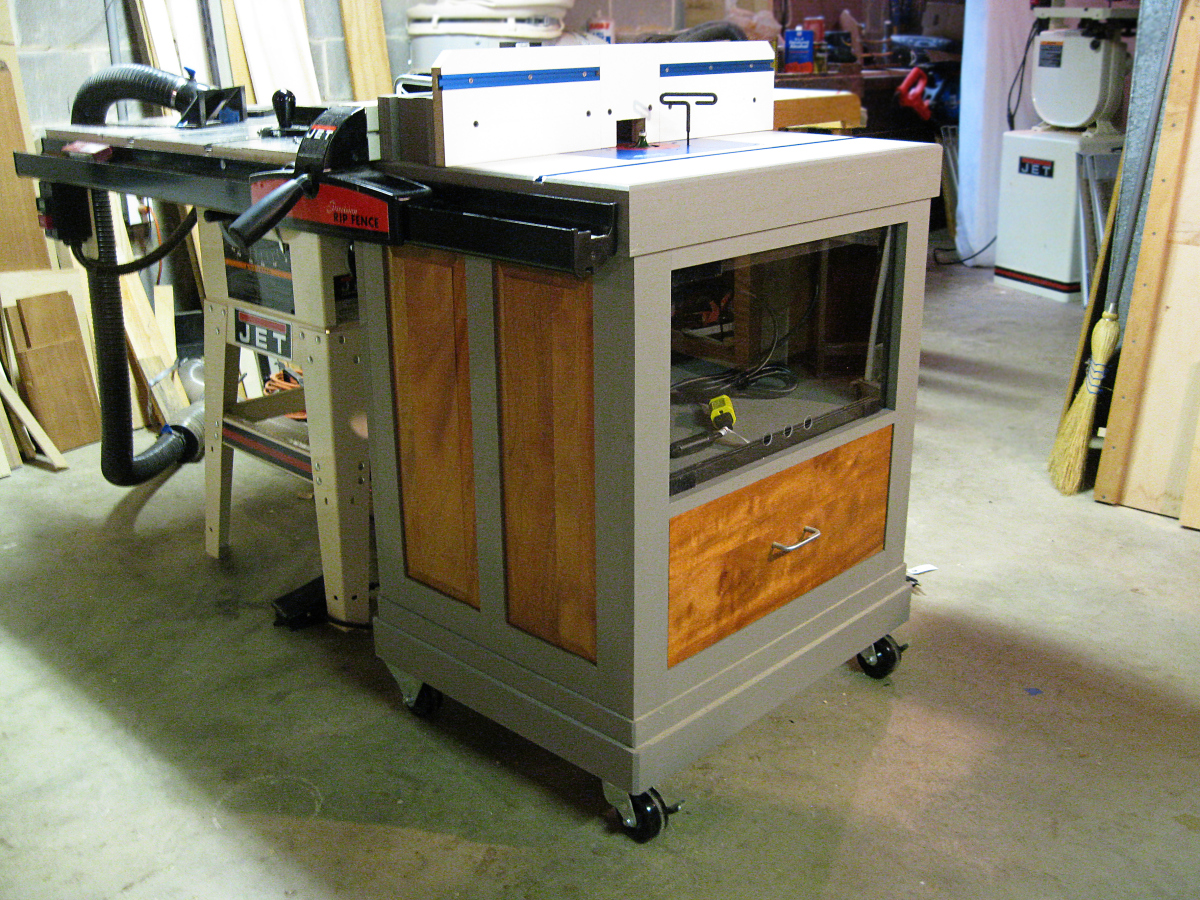 Diy Benchtop Router Table My New Router Table Is Finished Jeff Branch Woodworking
