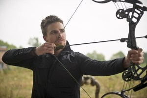 Arrow Flash crossover - Oliver aiming
