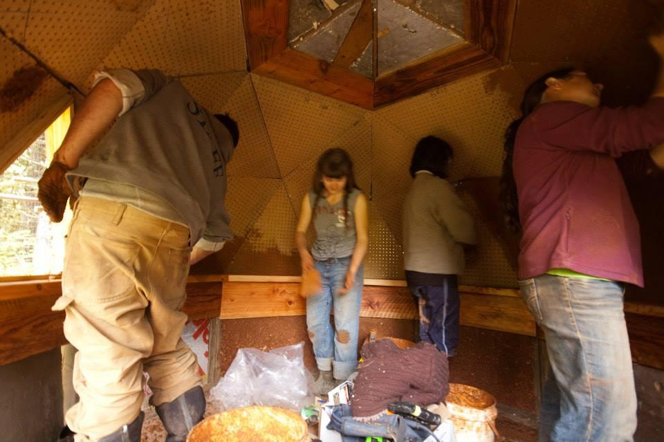 Earthen plaster workshop