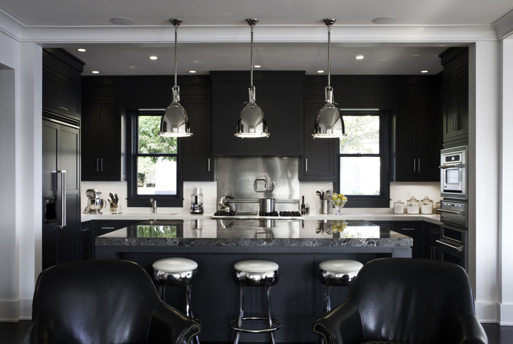 Black Design For Kitchen 10 Kitchens With Black Appliances In Trending Design Ideas For Your