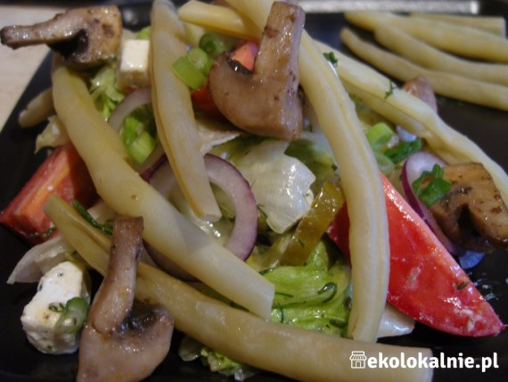 Sałatka z fasolką szparagową