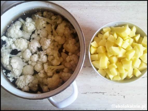 Kalafiorowa z koperkiem i kaszą manną