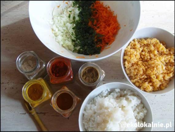 Kotlety z ryżu i soczewicy