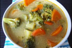 Zupa brokułowo-marchwiowa z curry