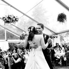 16 emotional wedding photos