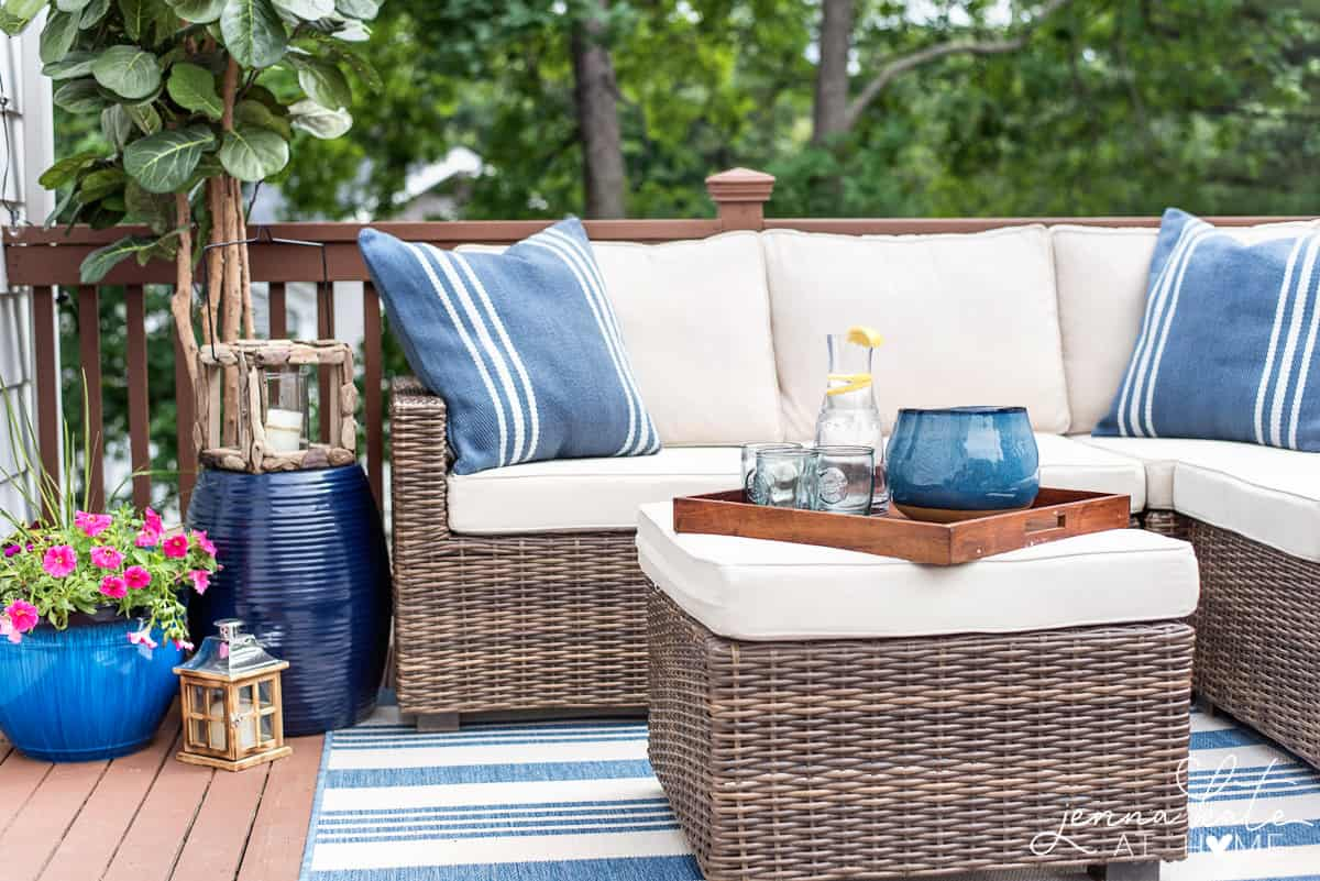 Deck Furniture Ideas Decorating Ideas For A Small Deck Tips For Creating A Backyard Oasis