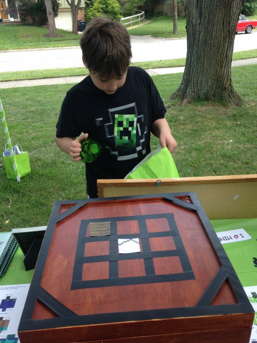 An Epic Minecraft Birthday Party (with Games and Printables