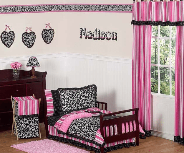 New Toddler Bed Set Pink and Black Madison Toddler Bedding #Review, Plus Bedroom Design Ideas!