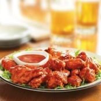 FRANK'S® REDHOT® ORIGINAL BUFFALO CHICKEN WINGSmd_11006 The Buffalo Wing Turns 50 | 5 Fabulous Buffalo Wings Recipes